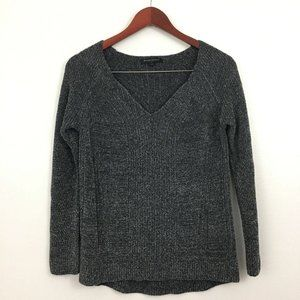 3/$22 Banana Republic Gray Pullover Sweater